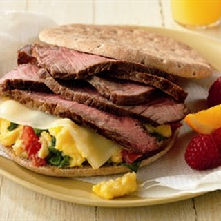Beef and Spinach Breakfast Sandwitch