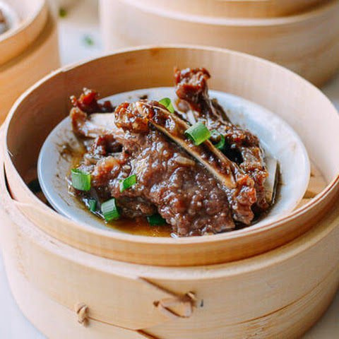Dim Sum Beef Short Ribs with Black Pepper