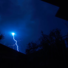 Thunder by Luka Milevoj - News & Events Weather & Storms