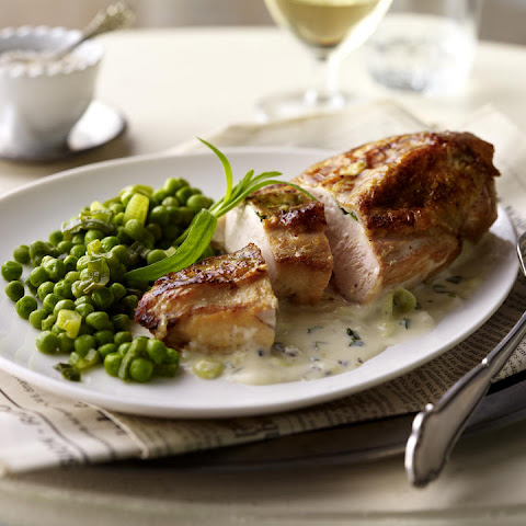 Tarragon Chicken with Peas and Leeks