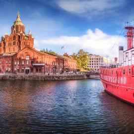 Relandersgrund by Ole Steffensen - Transportation Boats ( harbor, boat café, relandersgrund, helsinki, finland, boat, russian church )