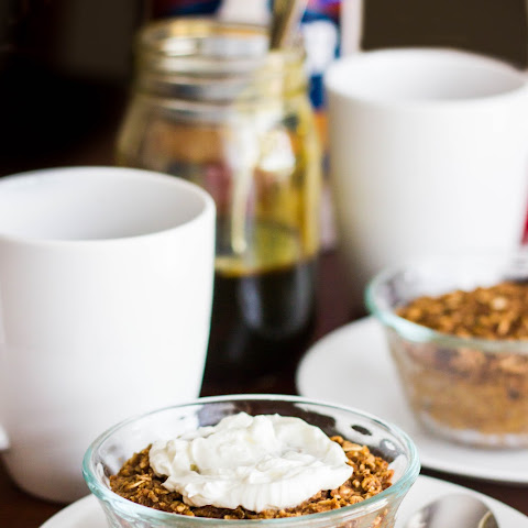 {Healthy} Gingerbread Baked Oatmeal