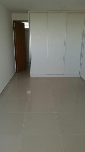 Apartamento com 3 dormitórios para alugar, 115 m² por R$ 2.8