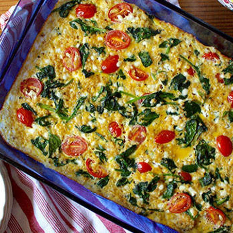 Spinach, Tomato, and Quinoa Breakfast Casserole