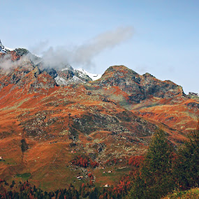 Admiring the mountains by Lilian Iatco - Landscapes Mountains & Hills ( mountains, red, sky, autumn, travel )