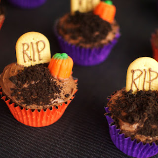 Graveyard Cake With Oreo Cookies Recipes