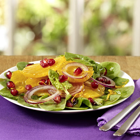 Citrus Salad with Spinach and Pomegranate seeds