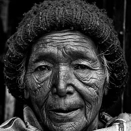 The Old Age by Ritwik Ray - People Portraits of Women ( portrait, people, women, lifestyle, old woman,  )
