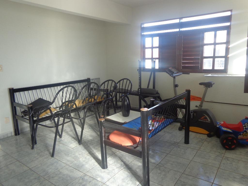 Casa residencial para locação, Bairro dos Ipês, João Pessoa.
