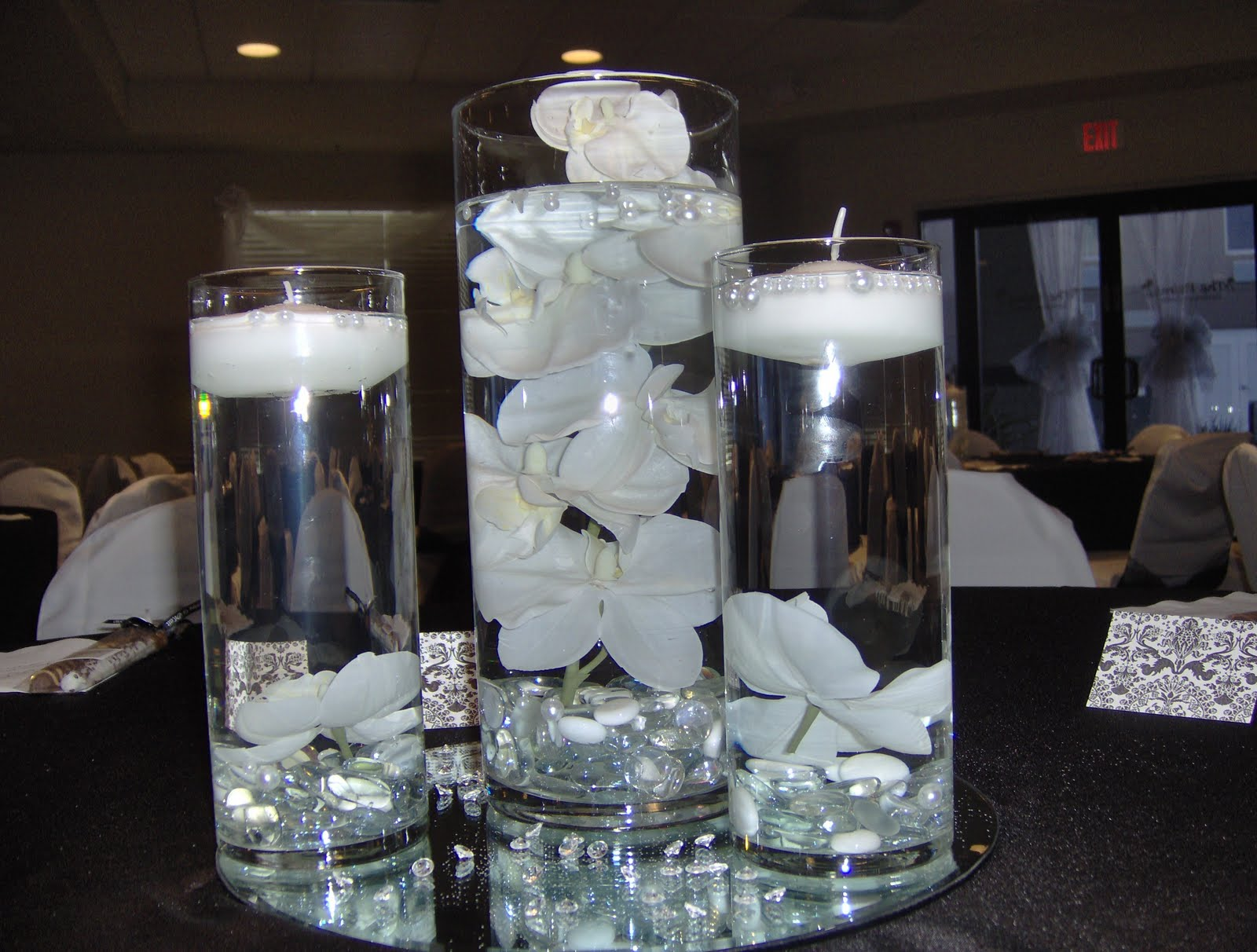 Shermillas Blog Flower And Candle Centerpieces