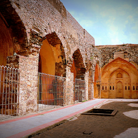 Golkonda Fort by Jhilam Deb - Buildings & Architecture Public & Historical ( jhilam deb, hyderabad, fort, old architecture, golkonda fort )