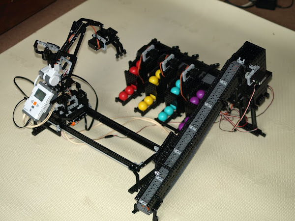 LEGO Minstorms NXT Crane with Ball Sorter.