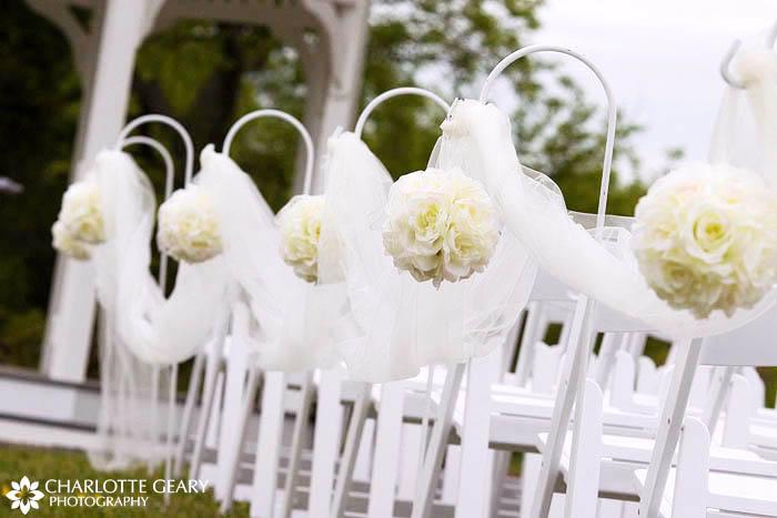 a beautiful wedding aisle!