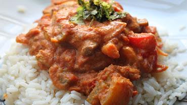 chicken-red-onion-yoghurt-curry