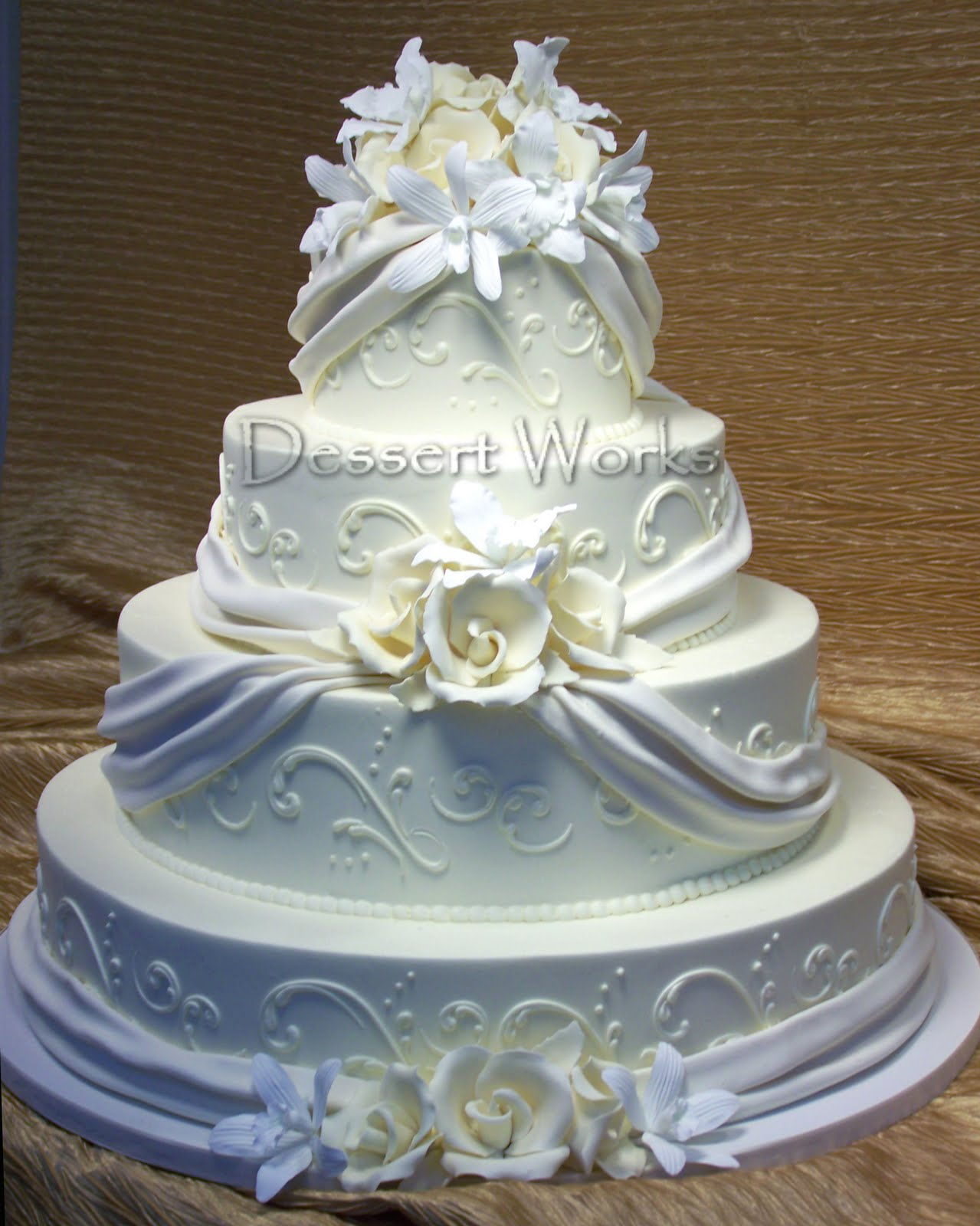 white & ivory wedding cake