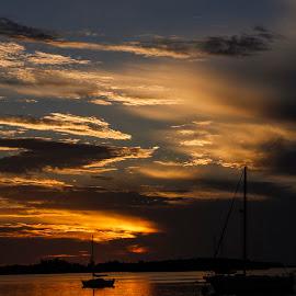 flotida sunset by Paul Scullion - Landscapes Cloud Formations ( colour, water, waterscape, keys, sailing, florida, sunset, lanscape, sea, beach, boat )