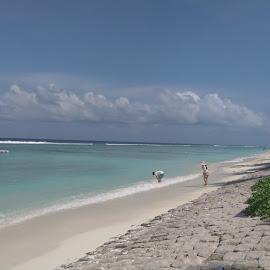 hulumale by Abd Azaam - Landscapes Beaches ( sky, blue, male, white, sea, beach, hulumale )