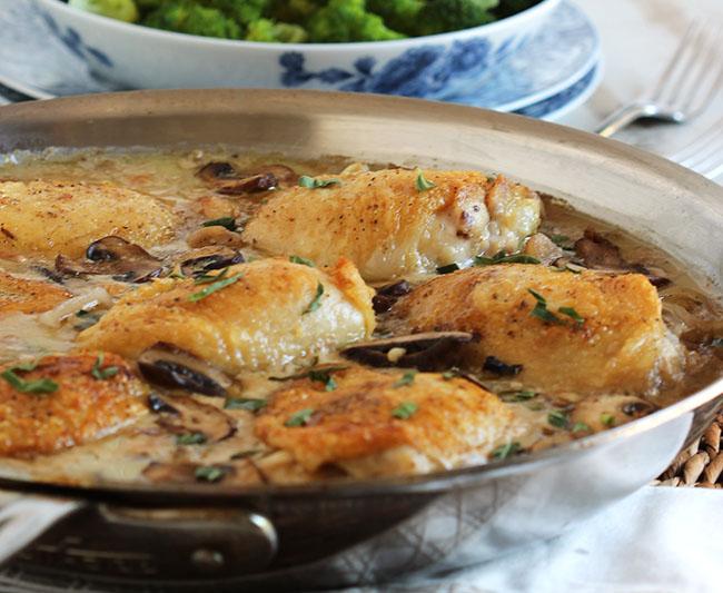 Pan Roasted Chicken Thighs with Creamy Mushroom Tarragon Sauce Recipe ...