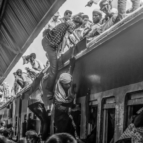 The risk journy  by Topu Saha - Transportation Trains ( peoples, black & white, eid, mymensingh, railroad, journey, rail, people, transportation, rail way, rail road, street, eid vacation, topu saha, risk, railway, black and white, travel, bangladesh, photography, train )