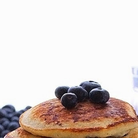 Cornmeal and Blueberry Pancakes