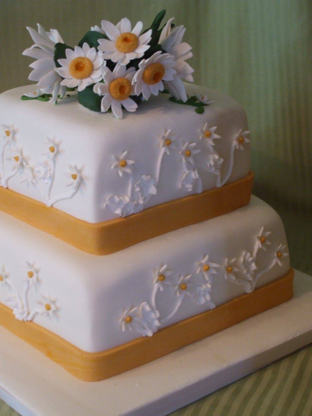 cake boss square wedding cakes