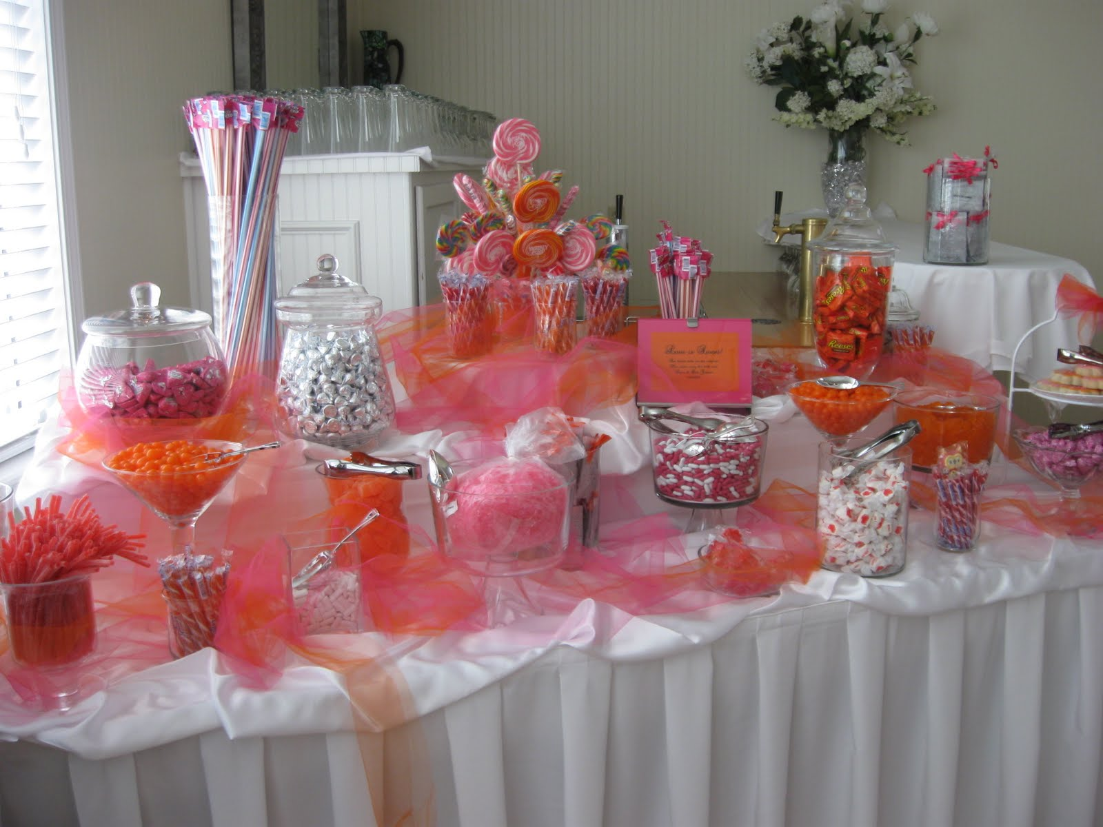 Dalal 39 s blog candy bar at wedding reception for Candy bar for weddings receptions