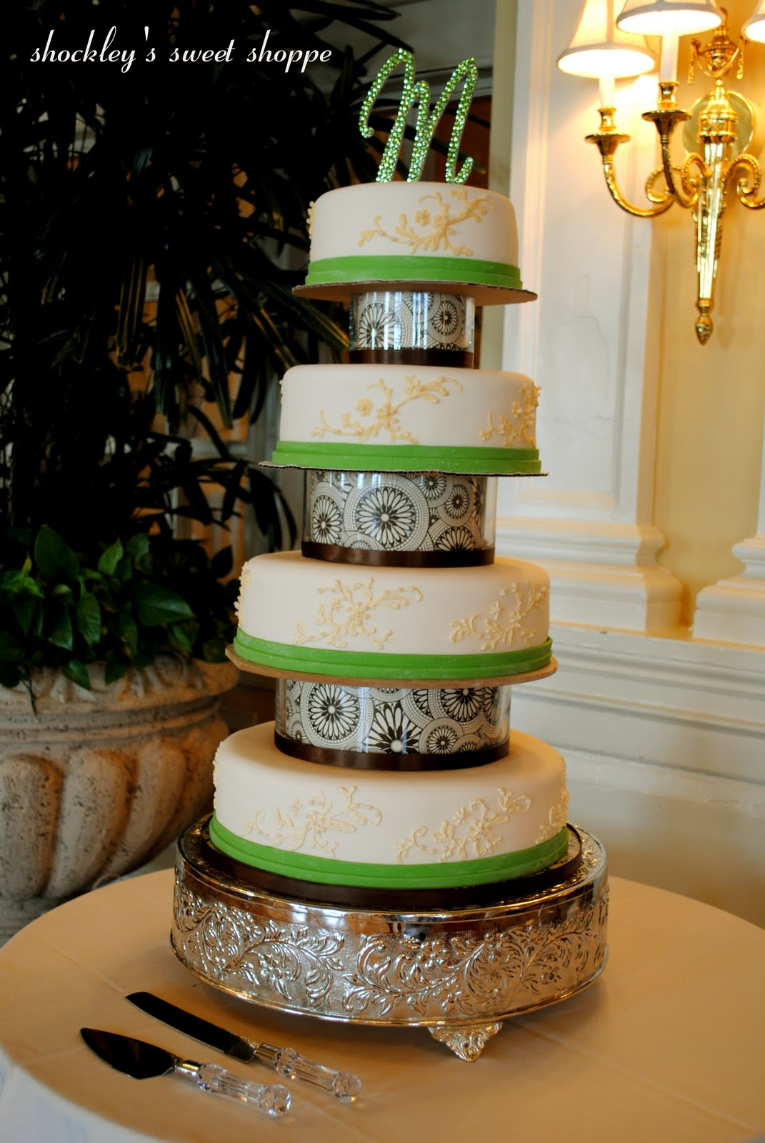 This amazing wedding cake for