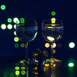 The Spotlight by Lisa Hendrix - Artistic Objects Other Objects ( circles, reflection, colors, apple, artistic, wine glasses, light, spotlight )