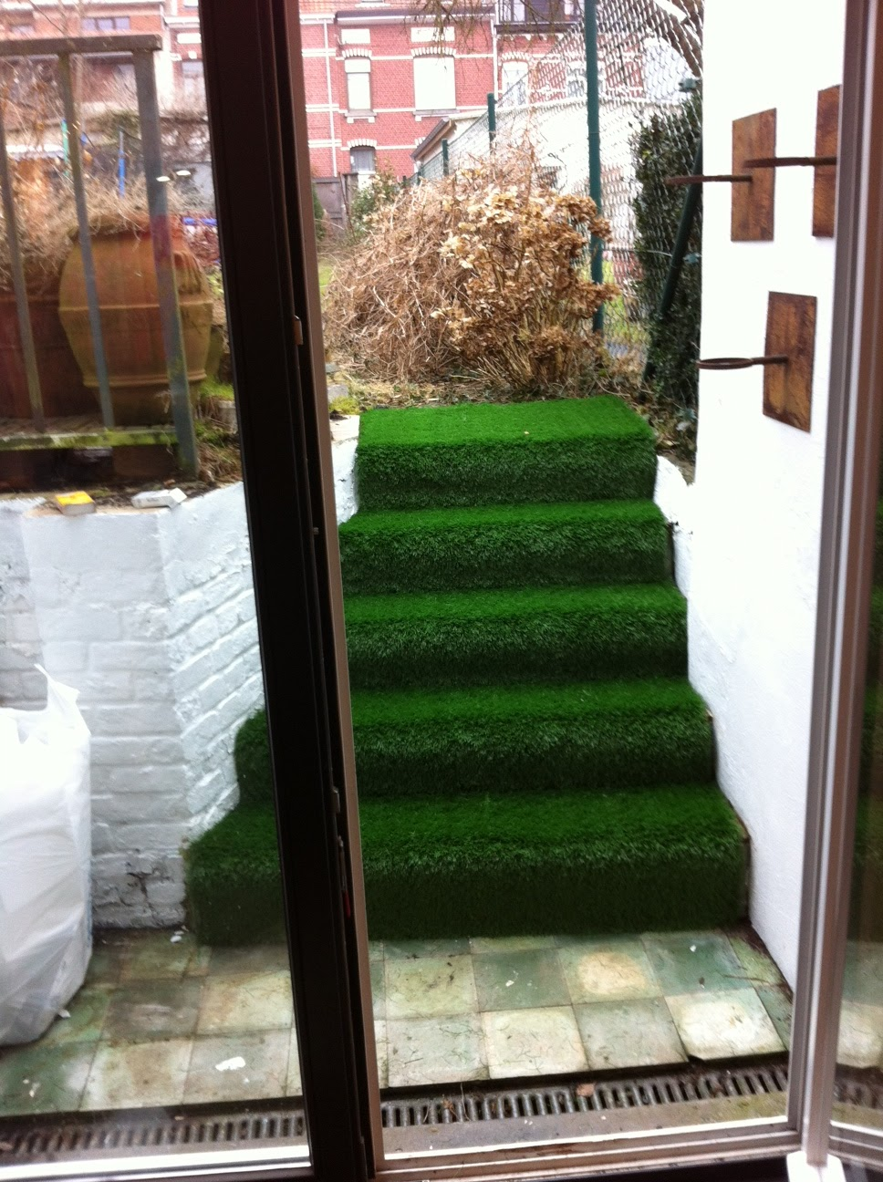 Escalier en gazon synthétique