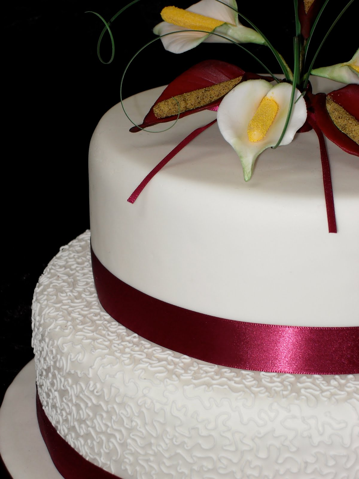 wedding cakes and simple