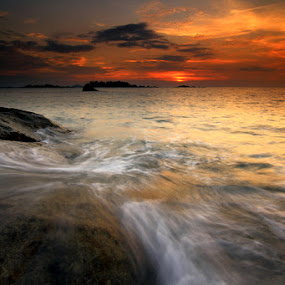 Penyusuk, Belinyu, Bangka by Endy Wiratama - Landscapes Waterscapes