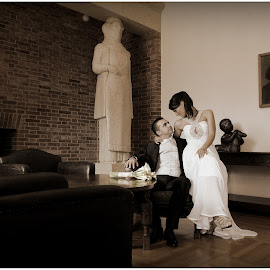Statues by Pero Perković - Wedding Bride & Groom ( lovers, museum, old building, bride, groom )