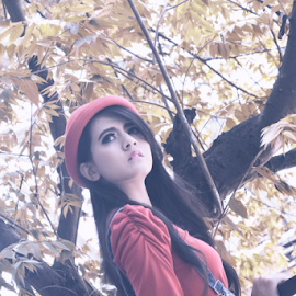 A beautiful girl on a lovely spring by Fadli Muhammad - People Fashion ( fashion, girl, junkyard, beauty, spring )