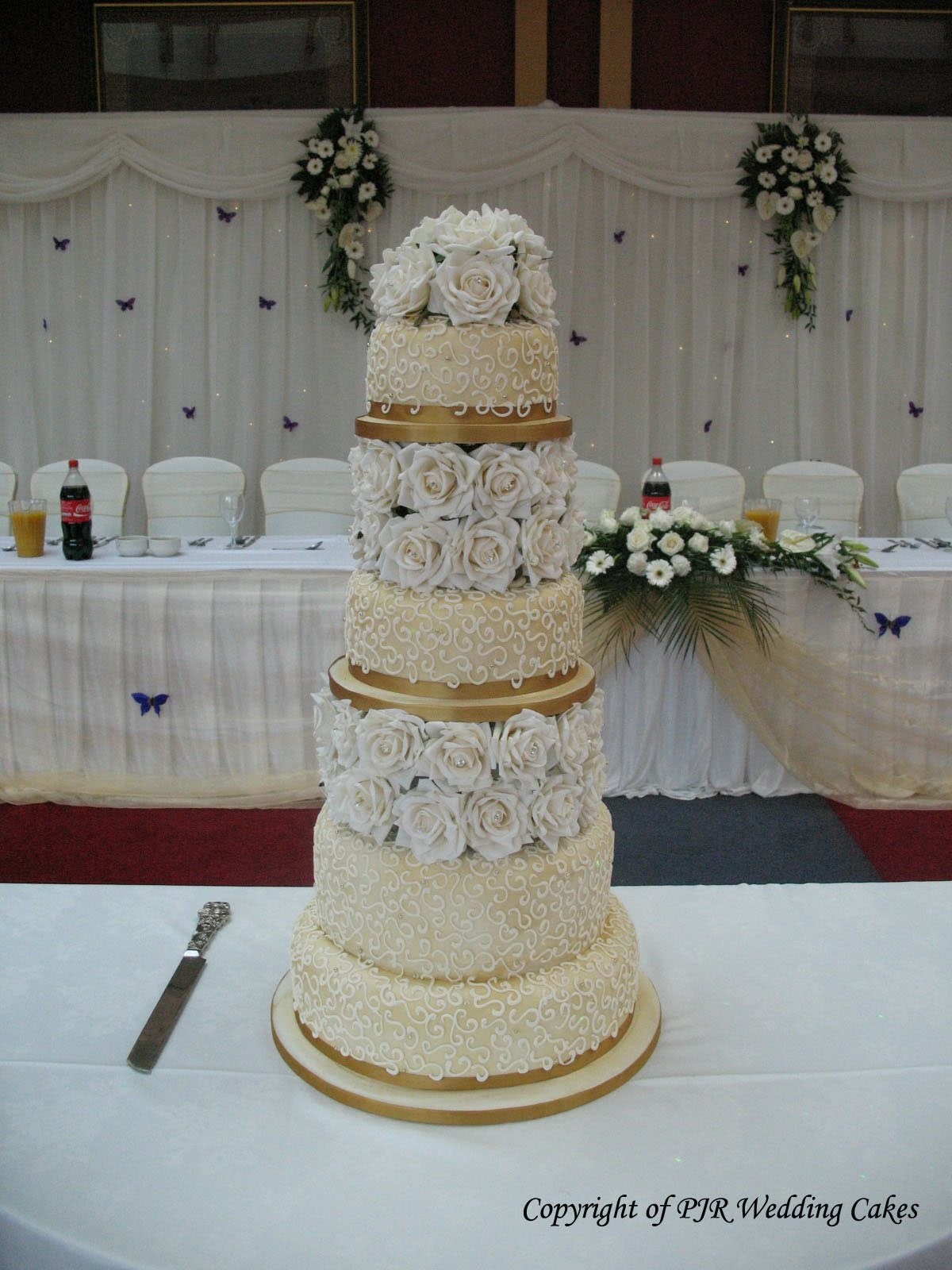 of wedding cake they want,