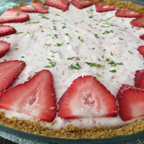 Strawberry Lime Frozen Pie