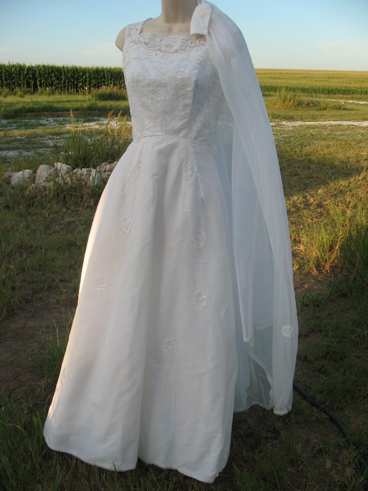 Gwyneths Blog Myanmar Wedding Dress