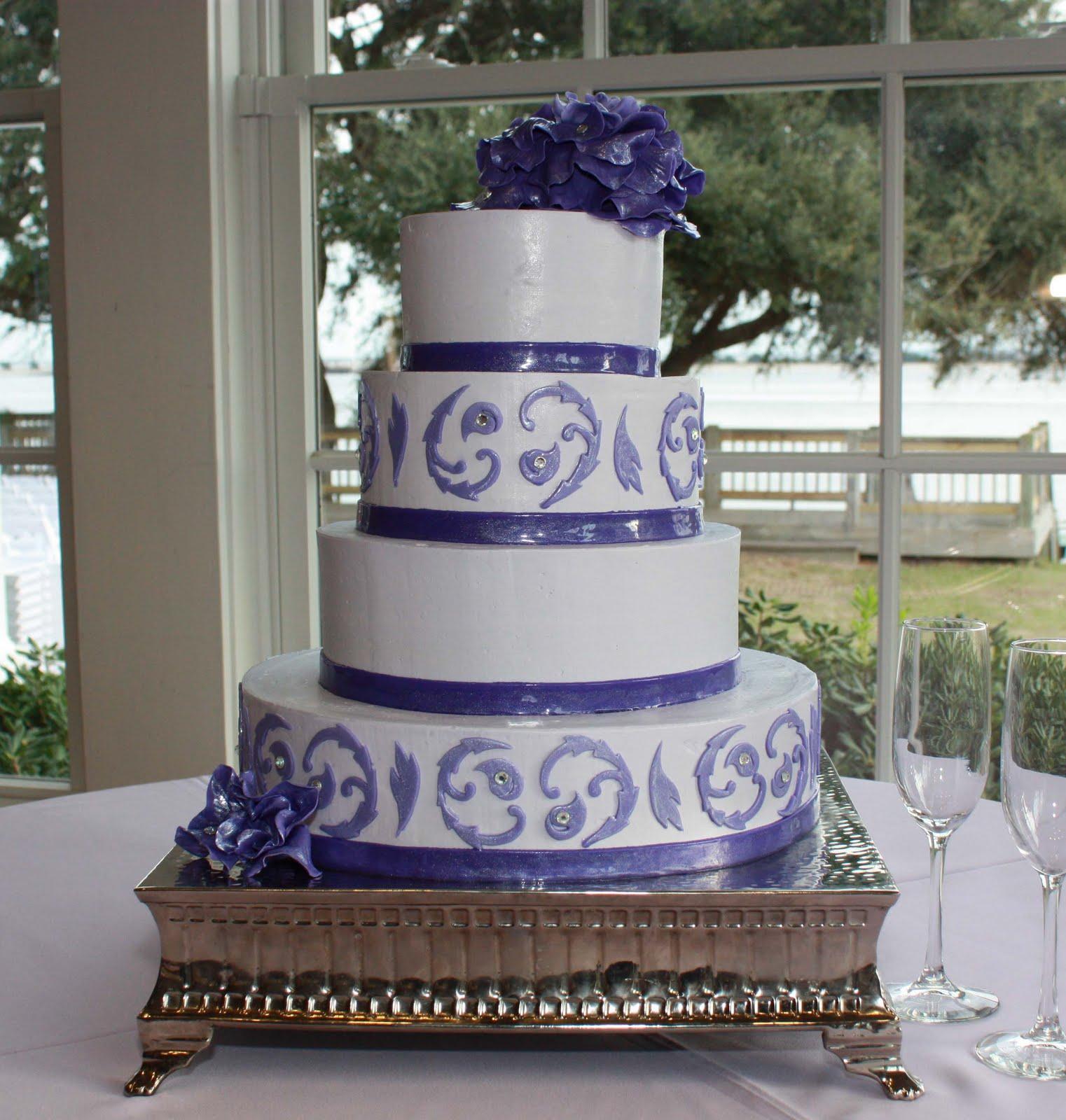 Racchi s blog purple and white wedding cakes