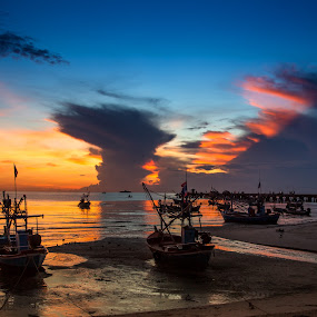 Rest by Arthit Somsakul - Landscapes Sunsets & Sunrises ( sand, sunset, sea, boat )