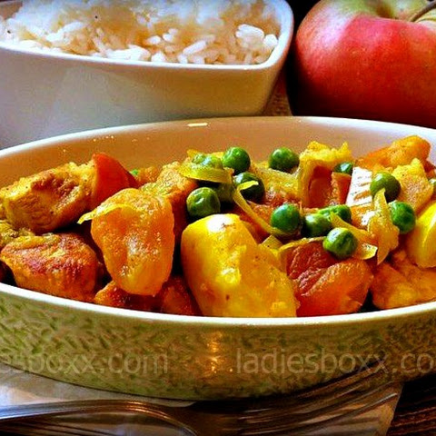 Tender Chicken, Baked With Apples