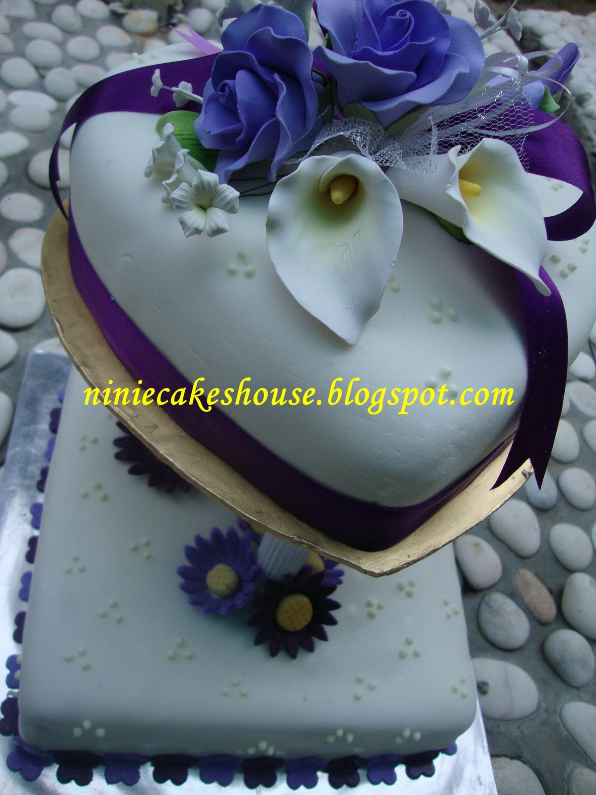 2 tier Wedding Cakes - Purple