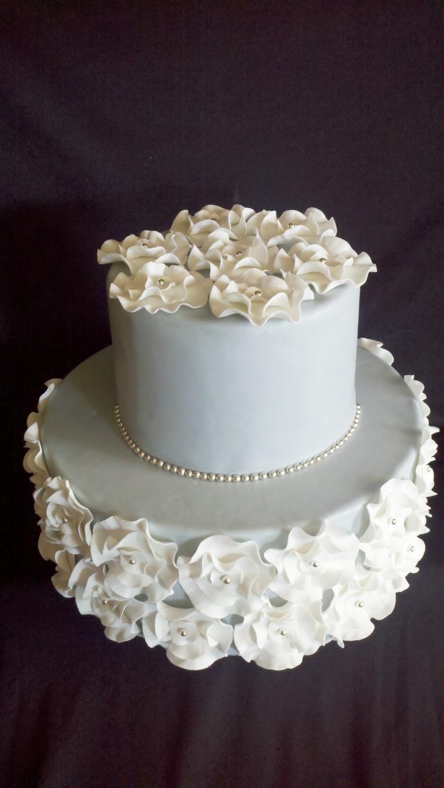 but elegant wedding cake.