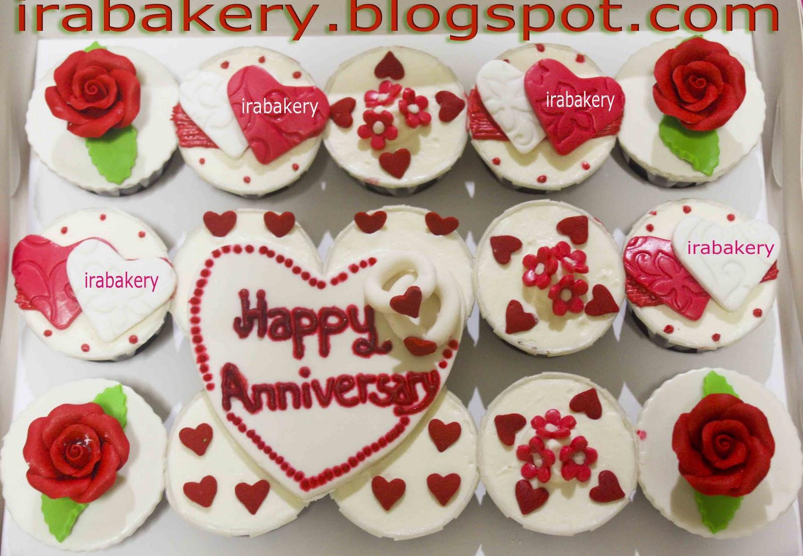 Anniversary theme cupcakes