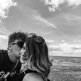 Beach by Alan (Mop) Lewis - Instagram & Mobile iPhone ( selfie, parents, olloclipstudio, olloclip, family, hunstanton, girlfriend, couple, beach, olloclipwideangle )