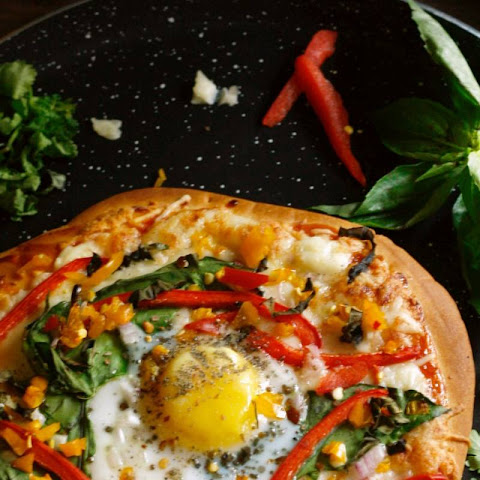 Whole Wheat Pizza With Egg, Bell Peppers and Fresh Basil