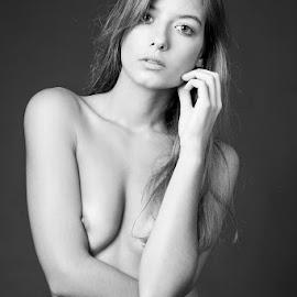 by Carlos Rodrigues - Nudes & Boudoir Artistic Nude