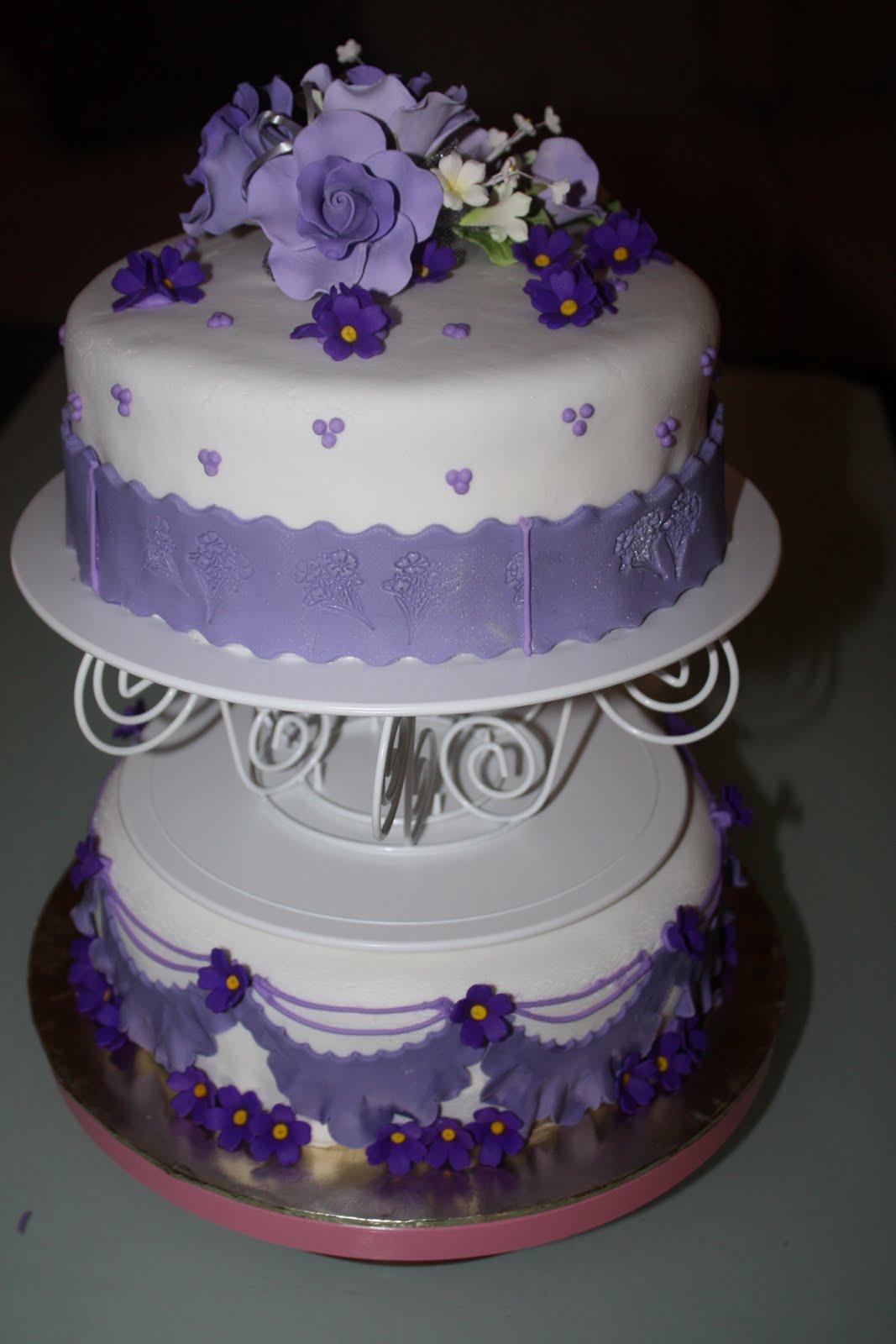 Sumaiyya s blog Purple Flower Wedding Cake