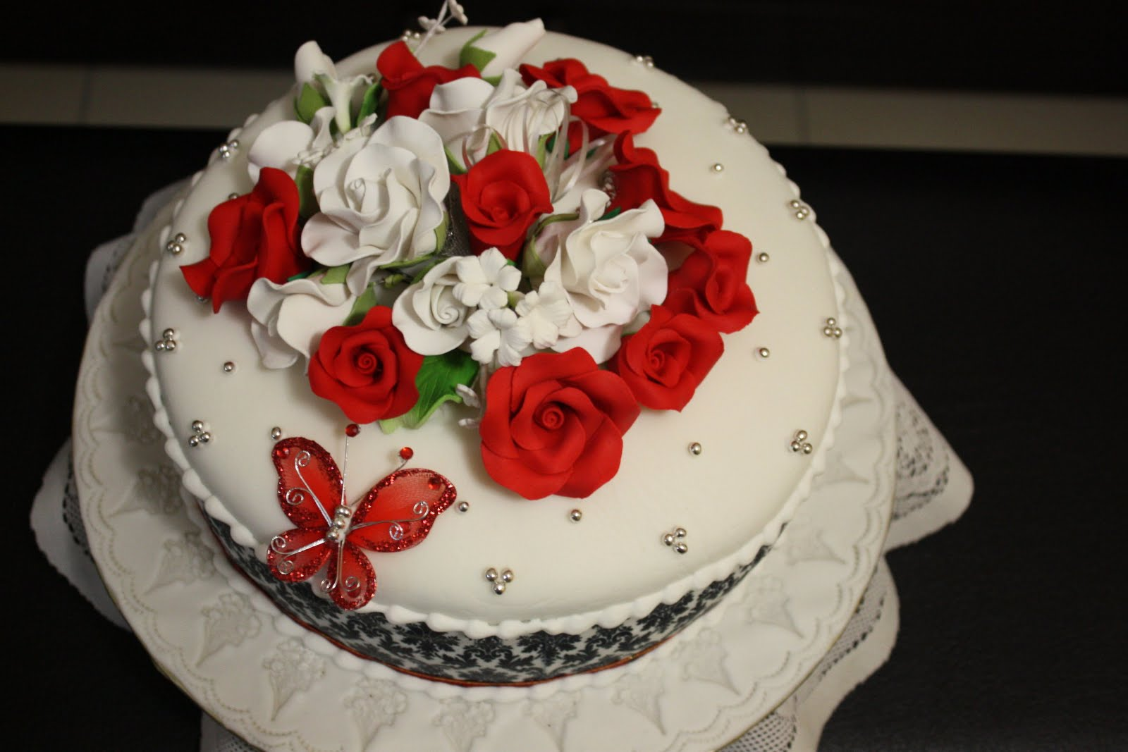 Damask Wedding Cake - Kak Ain