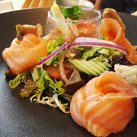 Salmon Salad by Pauli Langbein Koenders - Food & Drink Plated Food ( salad, shrimp, salmon, lunch, restaurant )