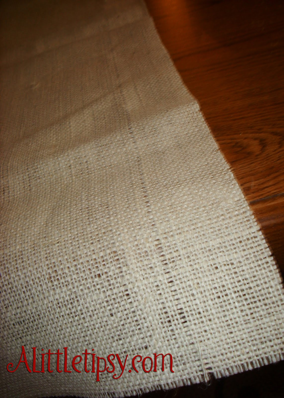 burlap table runner wedding
