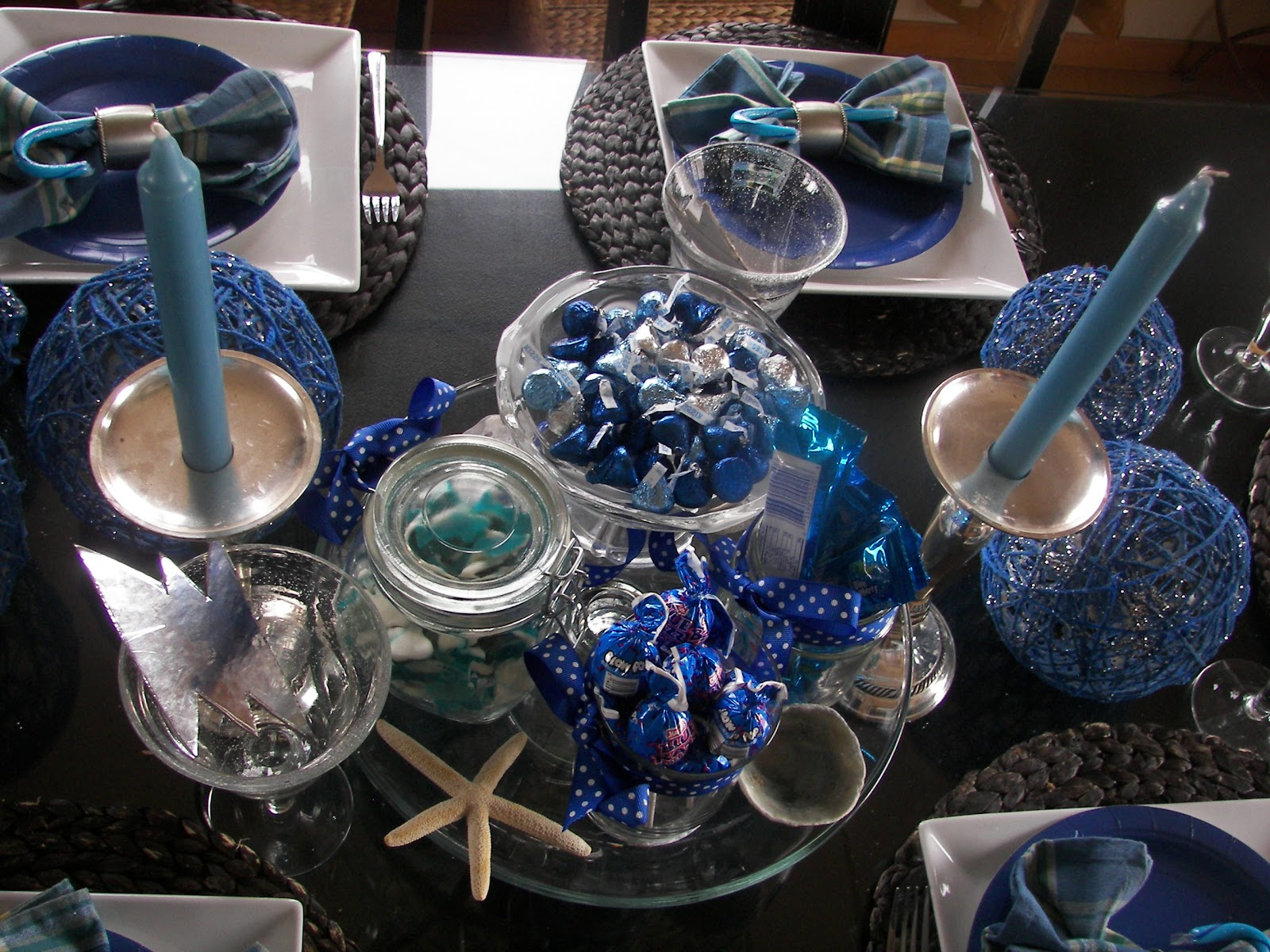 Birthday table decorations for men - Gazebo Wedding Ideas